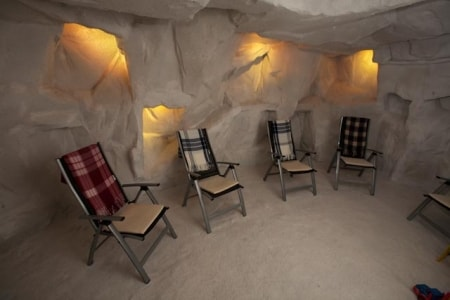 salt_cave_therapy_room_20100504_1317743706