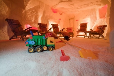 salt_cave_therapy_room_20100504_1376283384
